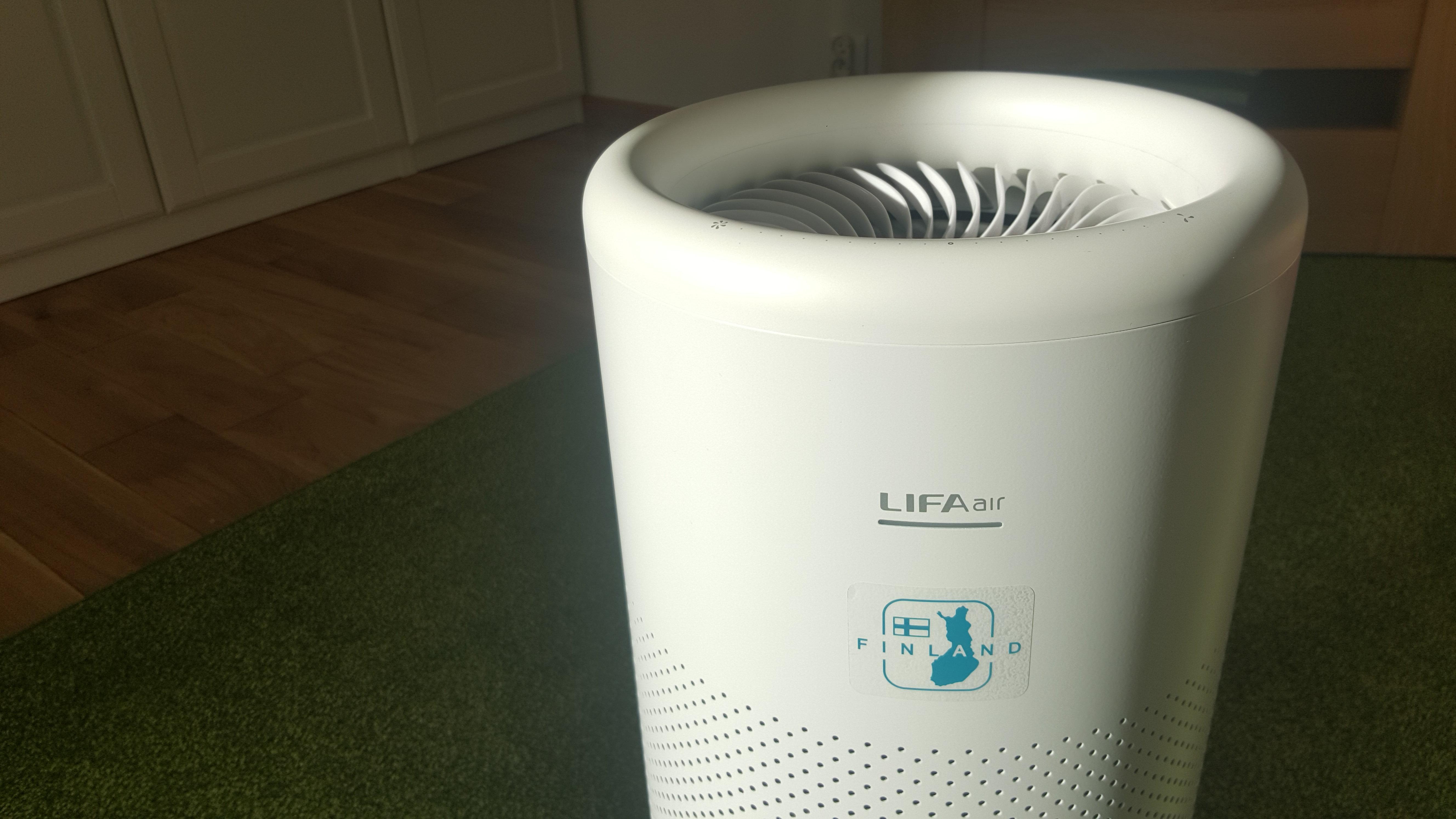 Oczyszczacz powietrzaLIFAair LA352